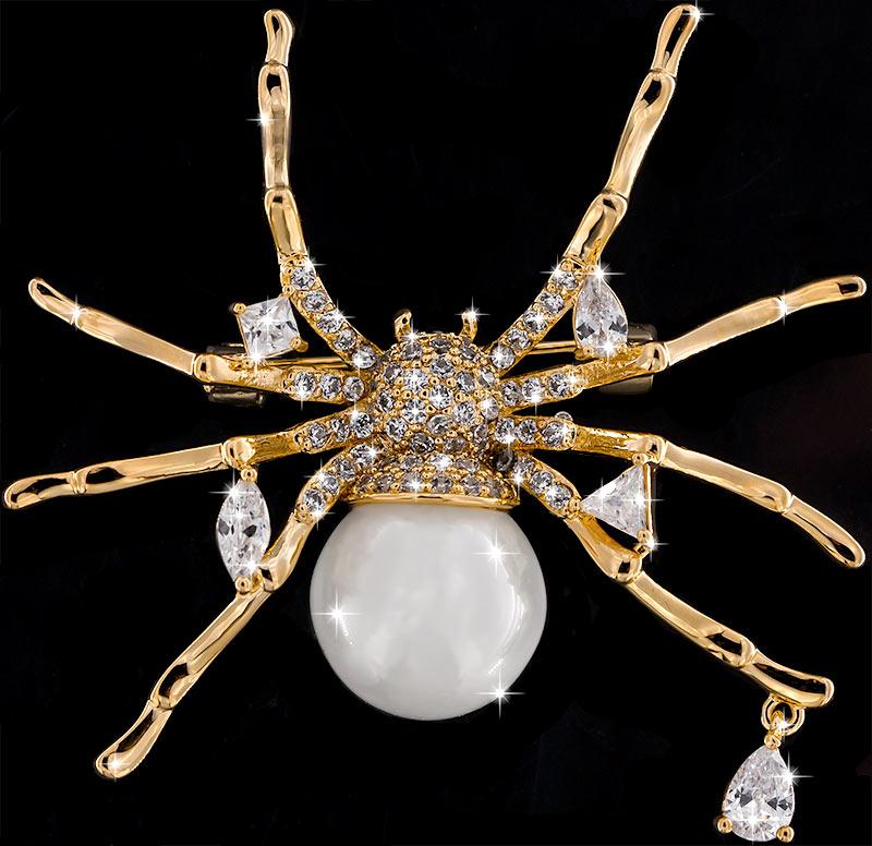 Brosche Spinne goldfarben mit Perle als Körper und vielen weissen Strass Steinen BR046 oben